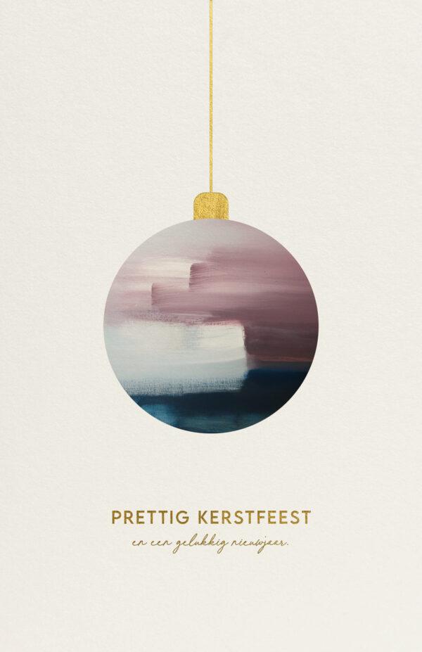 Kerstkaart met Artistieke Kerstbal Verf & Goudfolie